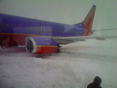 Winter images Plane off runway (Spokane, WA) wallpaper and background photos