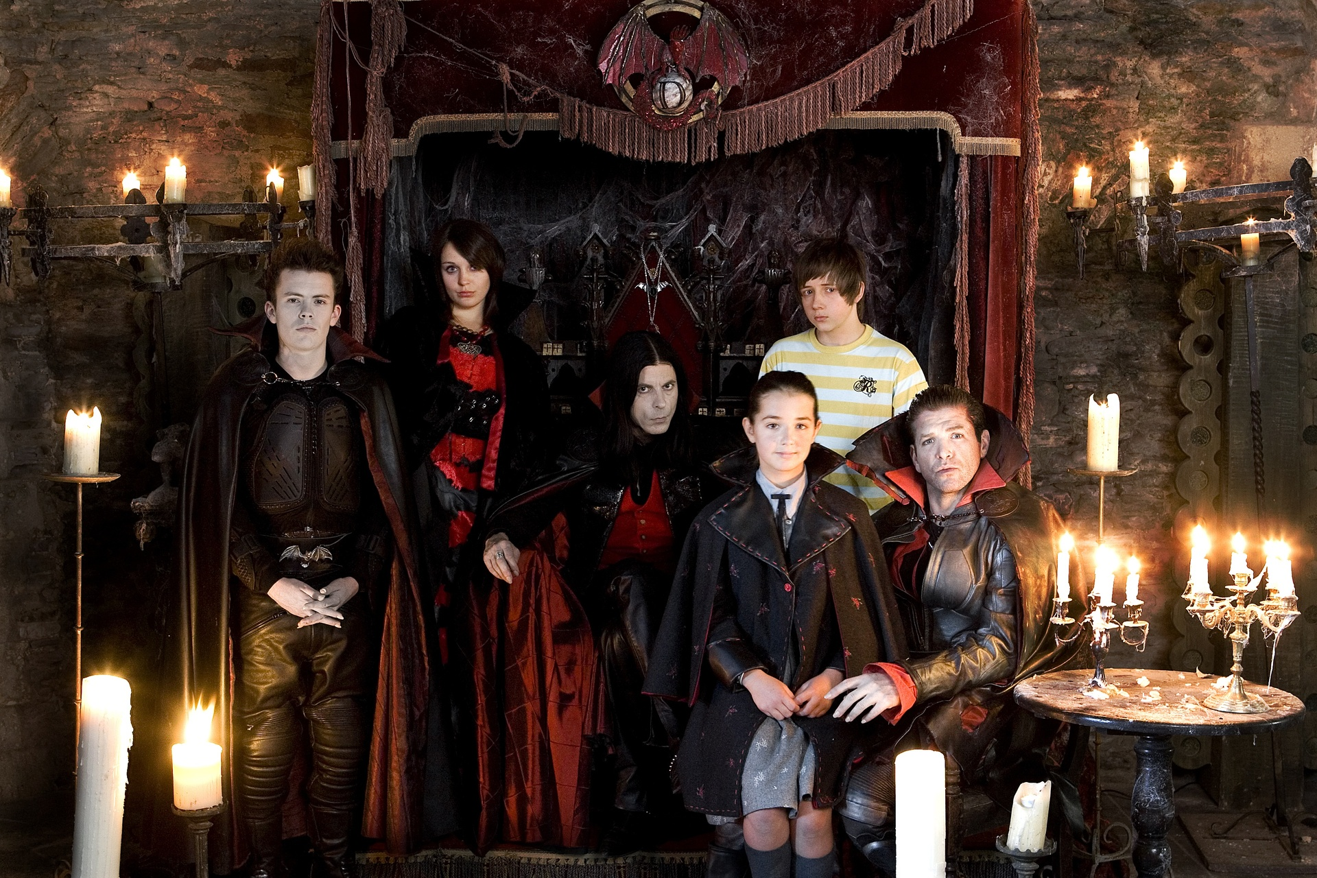 young dracula Young dracula 43k likes this page is the unofficial page for the cbbc television show young dracula starring gerran howell, clare thomas and keith.