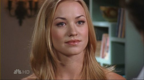 Yvonne Strahovski wallpaper called Yvonne on Chuck