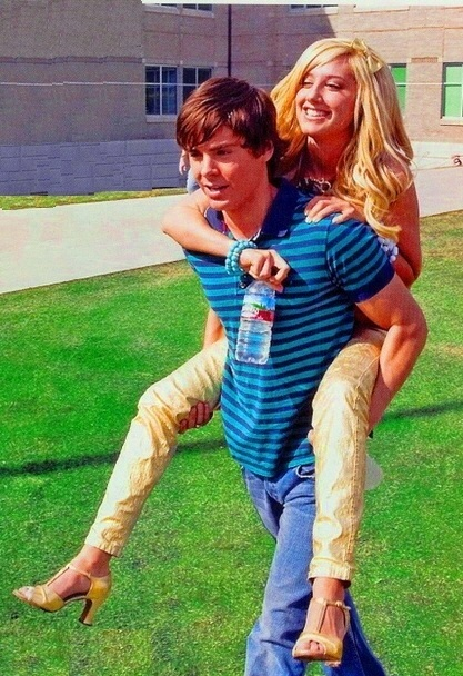 Zashley - Zac Efron & Ashley