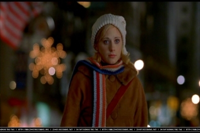 Zooey Deschanel wallpaper entitled Zooey in Elf