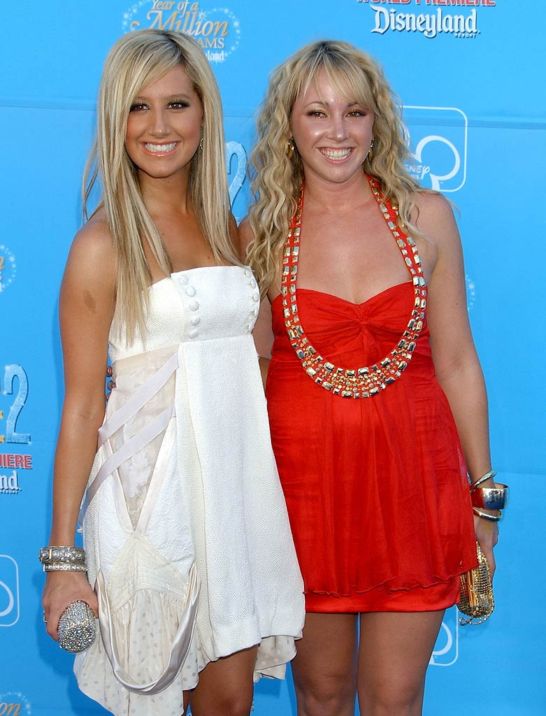 Ashley Tisdale and sister