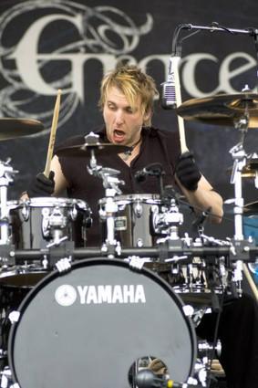 Neil Sanderson