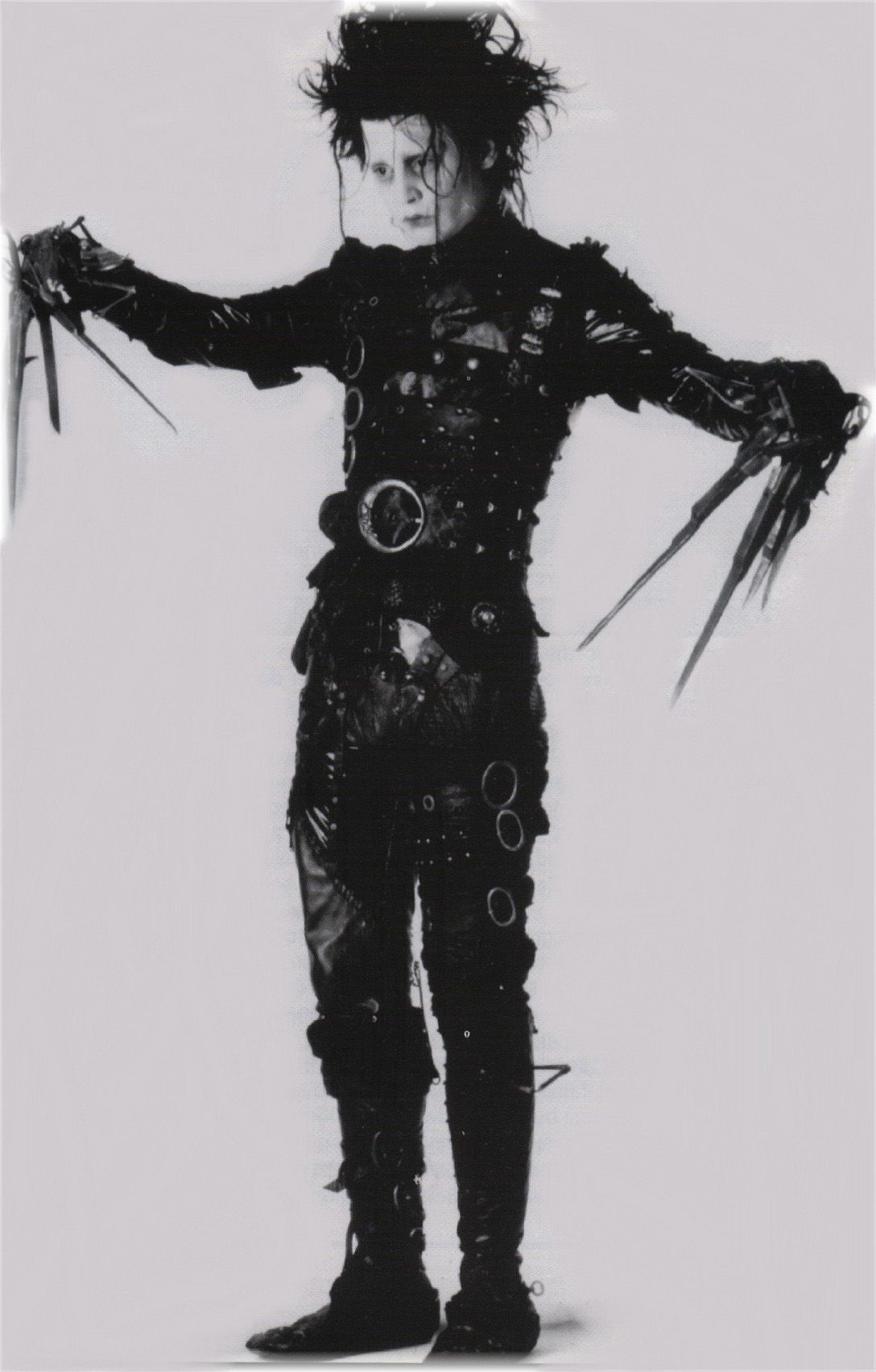 http://images.fanpop.com/images/image_uploads/edward-scissorhands-johnny-depp-180748_1088_1704.jpg