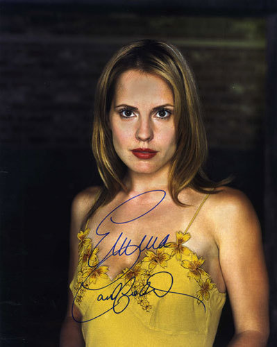 emma caulfield autograph