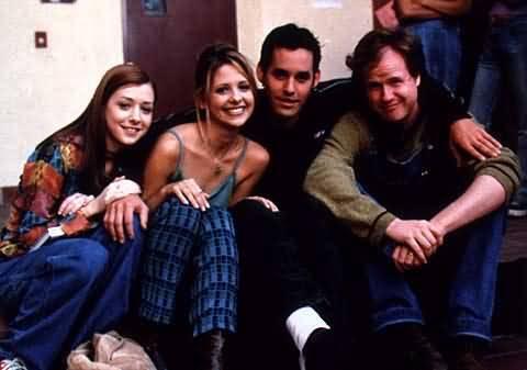 joss whedon &scoobie gang