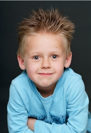 little james lucas scott (S5)