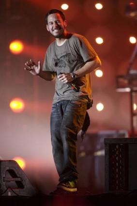 Mike Shinoda fond d'écran titled mike