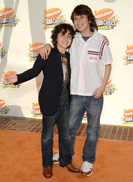 Are I feel alone lyrics by the naked brothers band opinion obvious