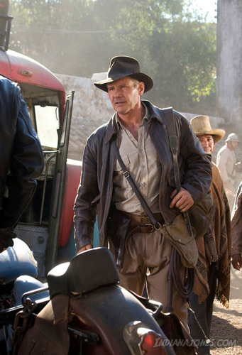 new stills - indiana-jones Photo