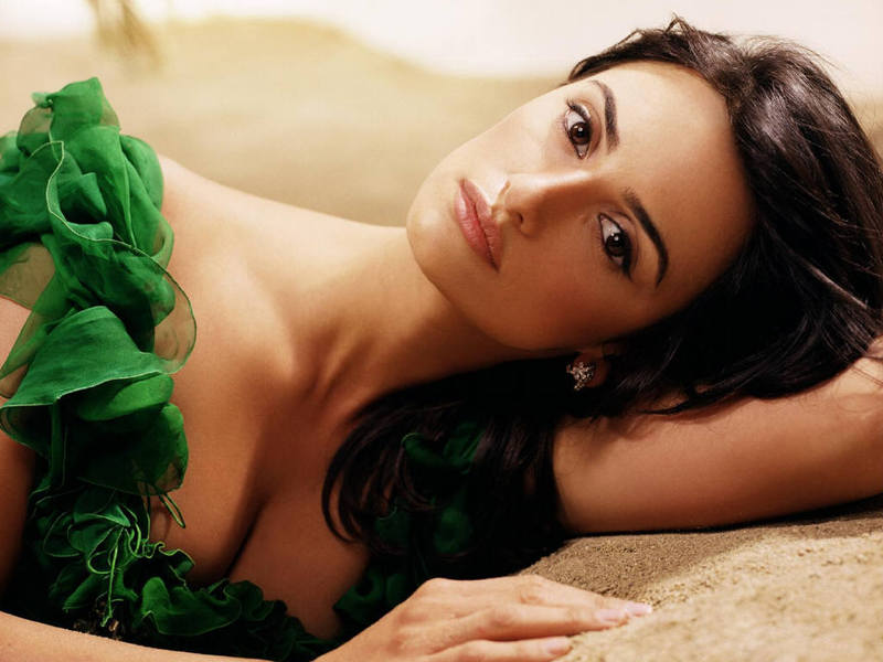 penelope cruz wallpapers widescreen. penelope cruz wallpapers