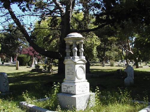 ross 湾 cemetery