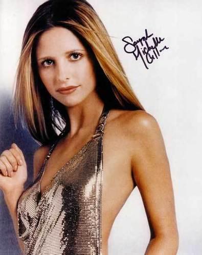sarah- autograph