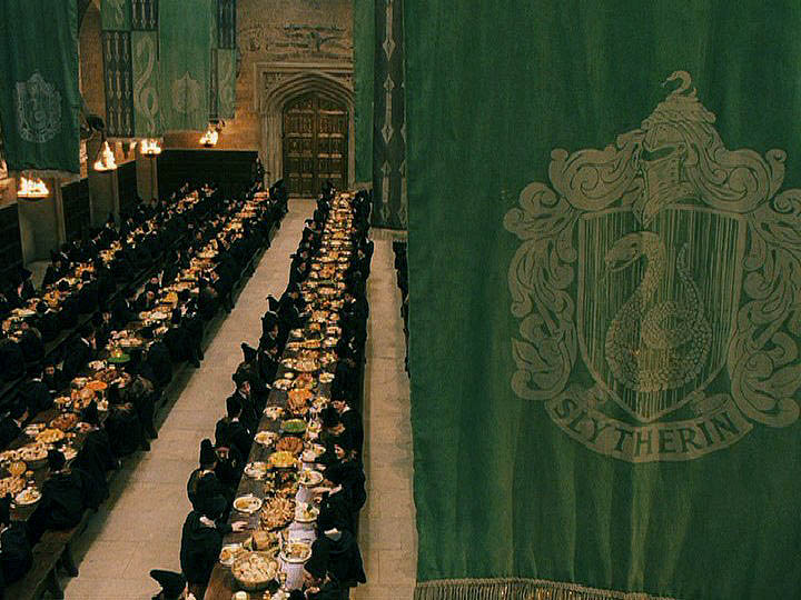 7TH FLOOD - Page 3 Shouseflags-slytherin-259976_720_540