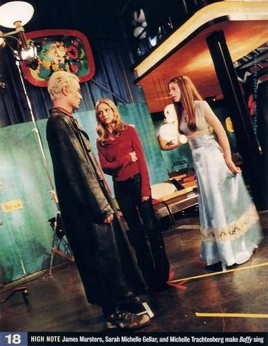 spike,buffy & dawn