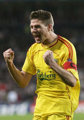 Steven Gerrard پیپر وال called stevie gerrard :)