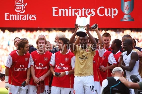 Arsenal 壁紙 called we are the champions