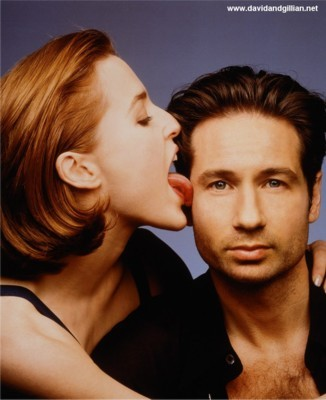 http://images.fanpop.com/images/image_uploads/Gillian-and-David-the-x-files-79171_326_400.jpg