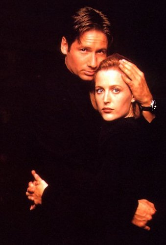http://images.fanpop.com/images/image_uploads/Gillian-and-David-the-x-files-79177_339_500.jpg