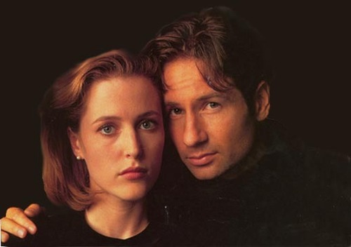 http://images.fanpop.com/images/image_uploads/Gillian-and-David-the-x-files-79181_500_352.jpg
