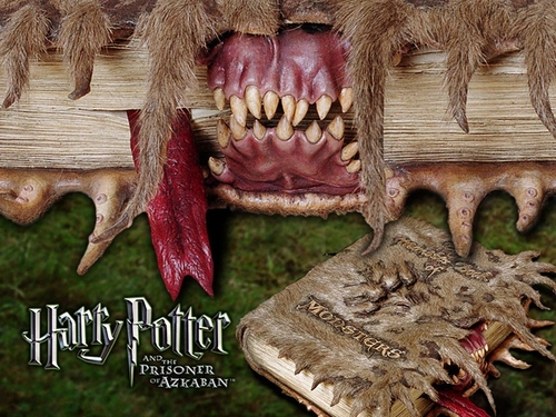 Harry Potter Monster Book WP