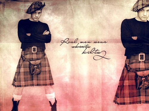 Kilted Ewan McGregor
